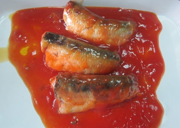 NW 425g / DW 235g Canned Fish / Canned Sardines In Tomato Sauce